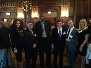 Members of the Chicago Concussion Coalition/Sports Legacy Institute with Chicago Bulls Bob Love at tonight's reception honoring families of those individuals who have sustained permanent brain injuries and/or who have facilitated the donation of injured brains to the Sports Legacy Institute's Brain Bank.
