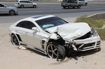 Labor Day Weekend Car Accidents: Call Chicago Injury Lawyers at the Favia Law Firm